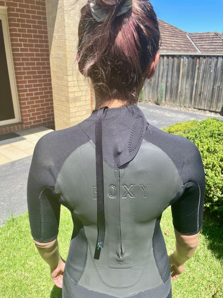 Back zip wetsuit